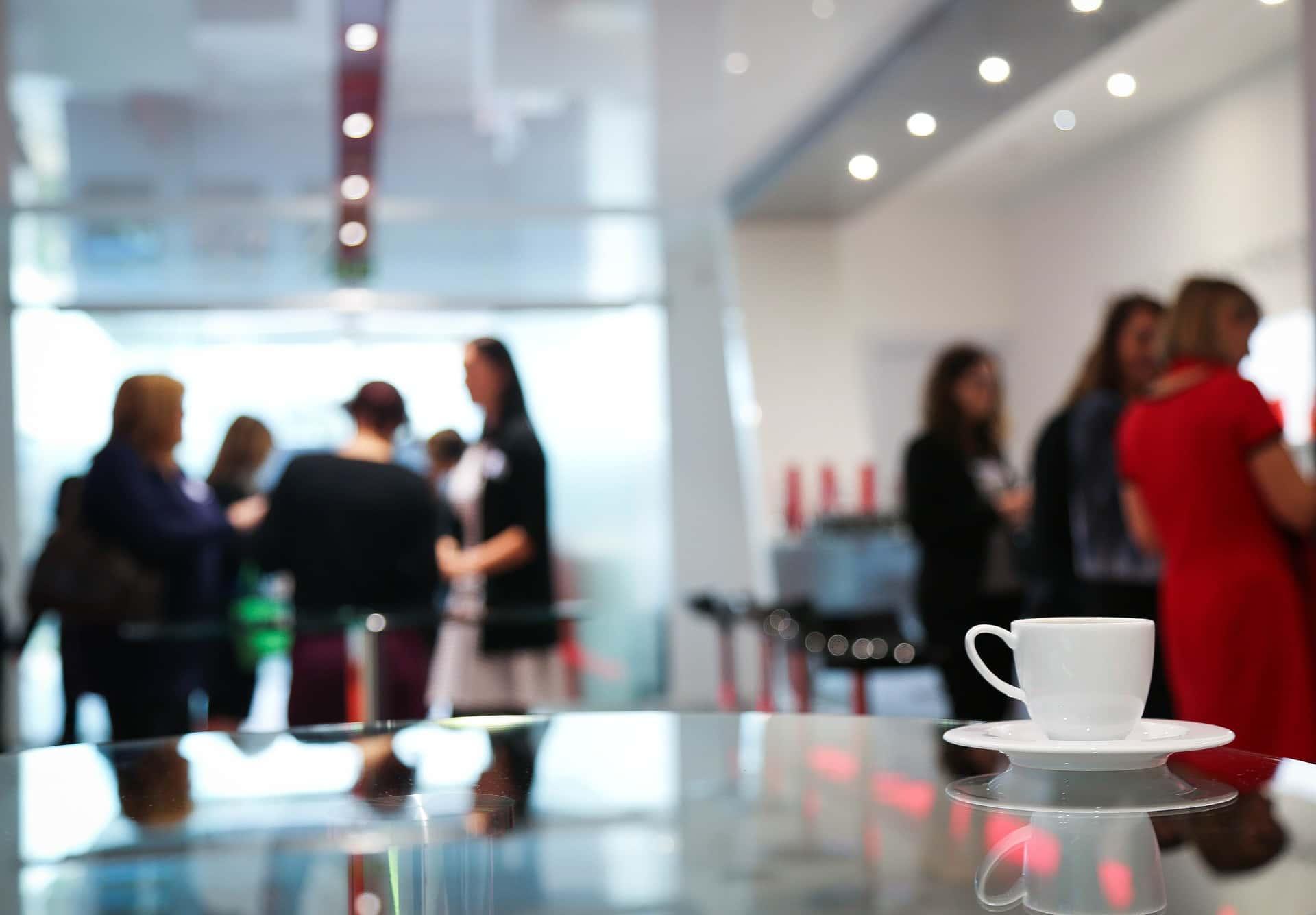 coffee-break-1177540_1920