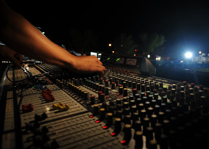 Working Wednesday: Setting Up With A Sound Engineer